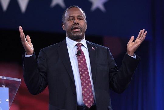 Ben Carson Glad Trump White House so Chaotic His Gross Incompetence Going Unnoticed
